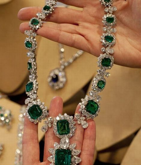 Bulgari Emerald and Diamond Necklace - Estate of Elizabeth Taylor