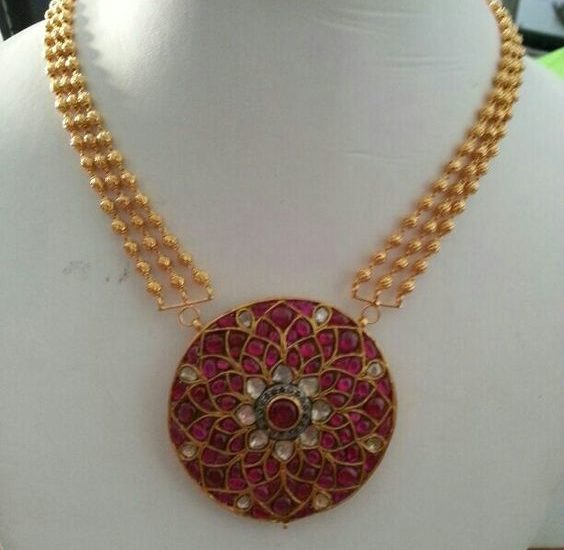 3 layers gold beads necklace with ruby pendant