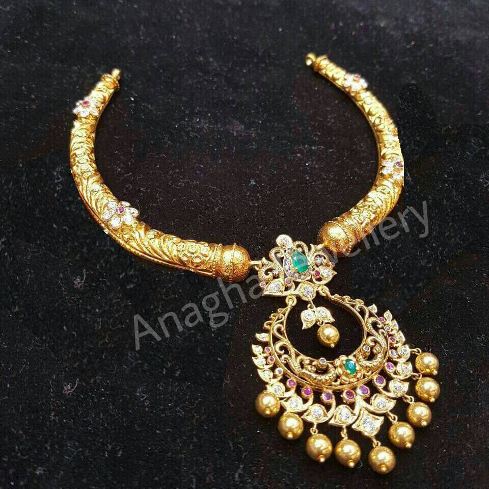 beautifully 22 carat kante is from anagha jewellery