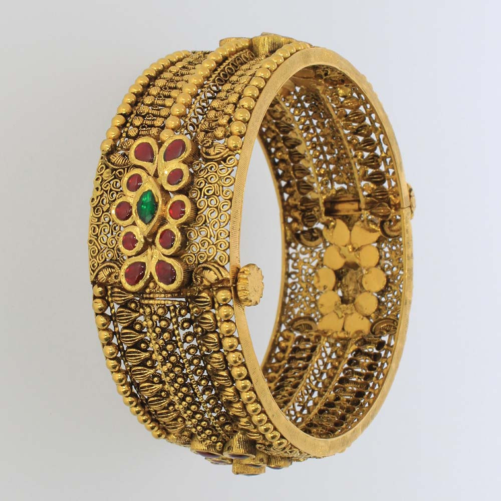 antique bangle collection from karpagam jewellers