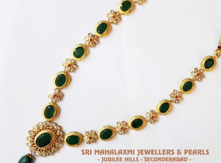 emerald and uncuts necklace